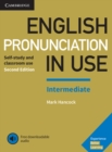 Image for English pronunciation in use  : self-study and classroom use: Intermediate